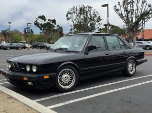 A gorgeous 1988 BMW M5
